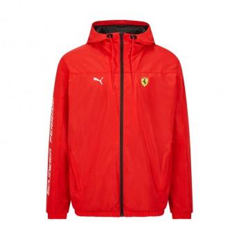 Ferrari męska kurtka z kapturem Rain PUMA red F1 Team 2021