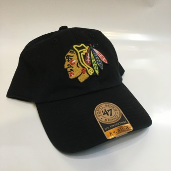 Chicago Blackhawks czapka baseballówka black Classic Franchise Fitted II